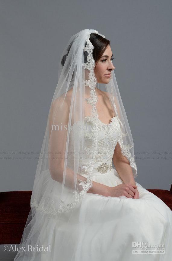 Lace Trim Wedding Veil  Alencon Lace Fingertip Length Wedding Bridal Veils 1 Tier
