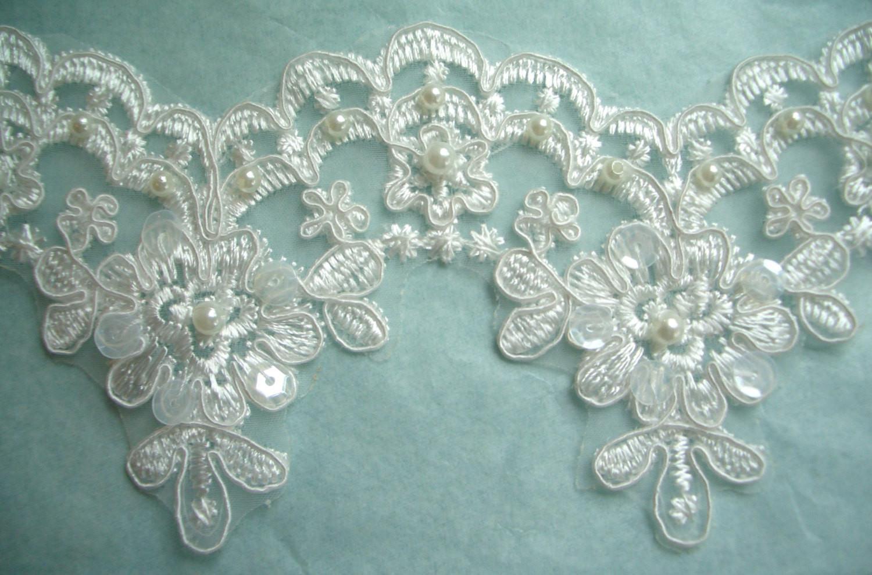 Lace Trim Wedding Veil  Bridal Lace Trim Ivory Veil trim Wedding dress DIY Wedding