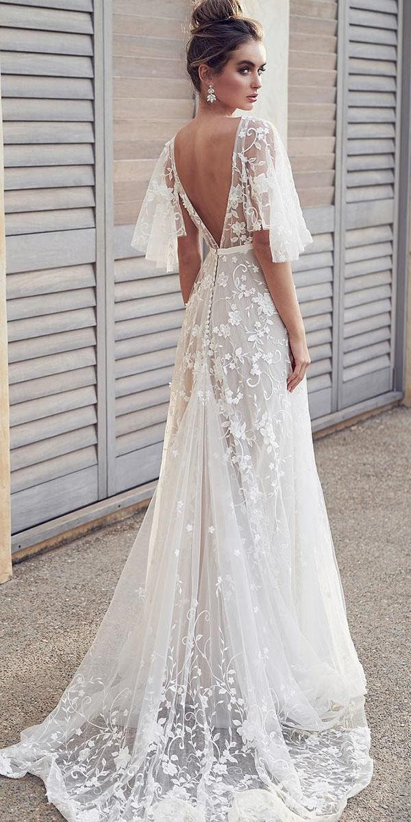 Lace Wedding Gowns  18 Rustic Lace Wedding Dresses For Different Tastes