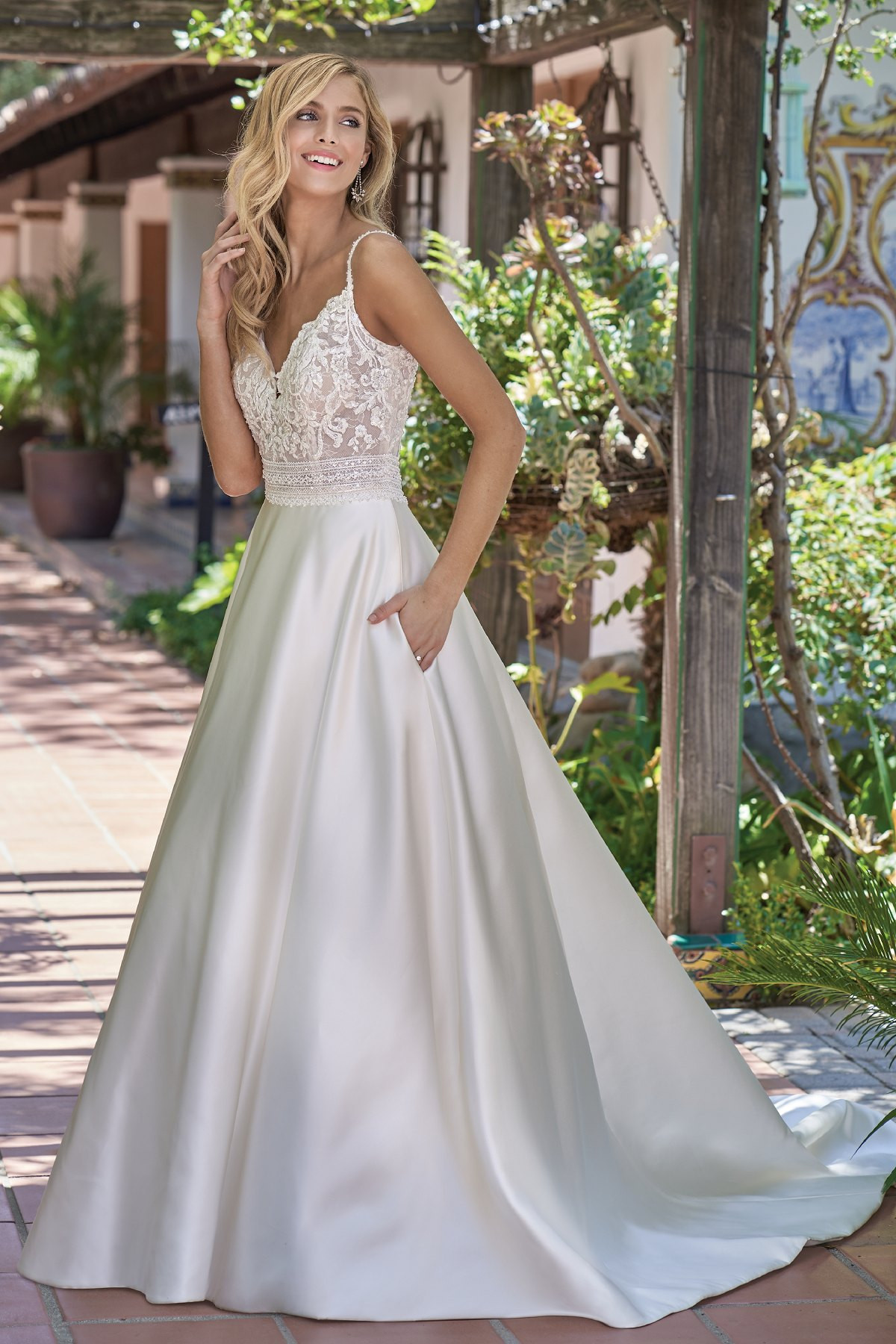 Lace Wedding Gowns  F Romantic Italian Satin & Embroidered Lace Wedding