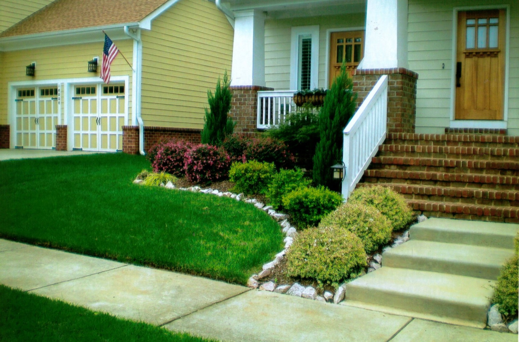 Landscape Design Front Yards  15 Awesome Front Yard Landscaping Ideas