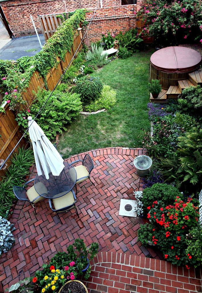 Landscape Designs For Small Yards  Big Ideas for Small Backyards