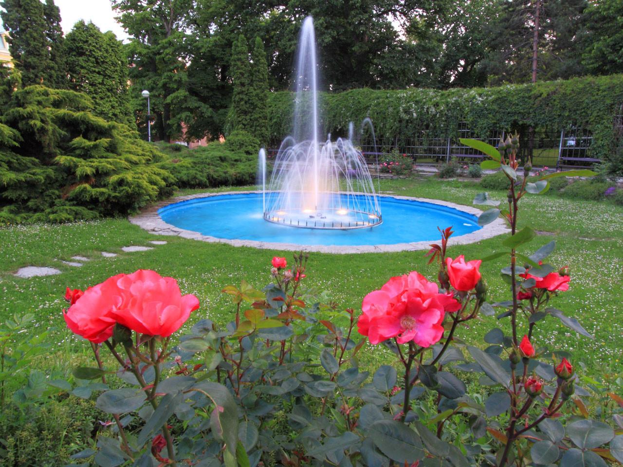 Landscape Fountain Public  Flowers And Fountain Free Stock Public Domain
