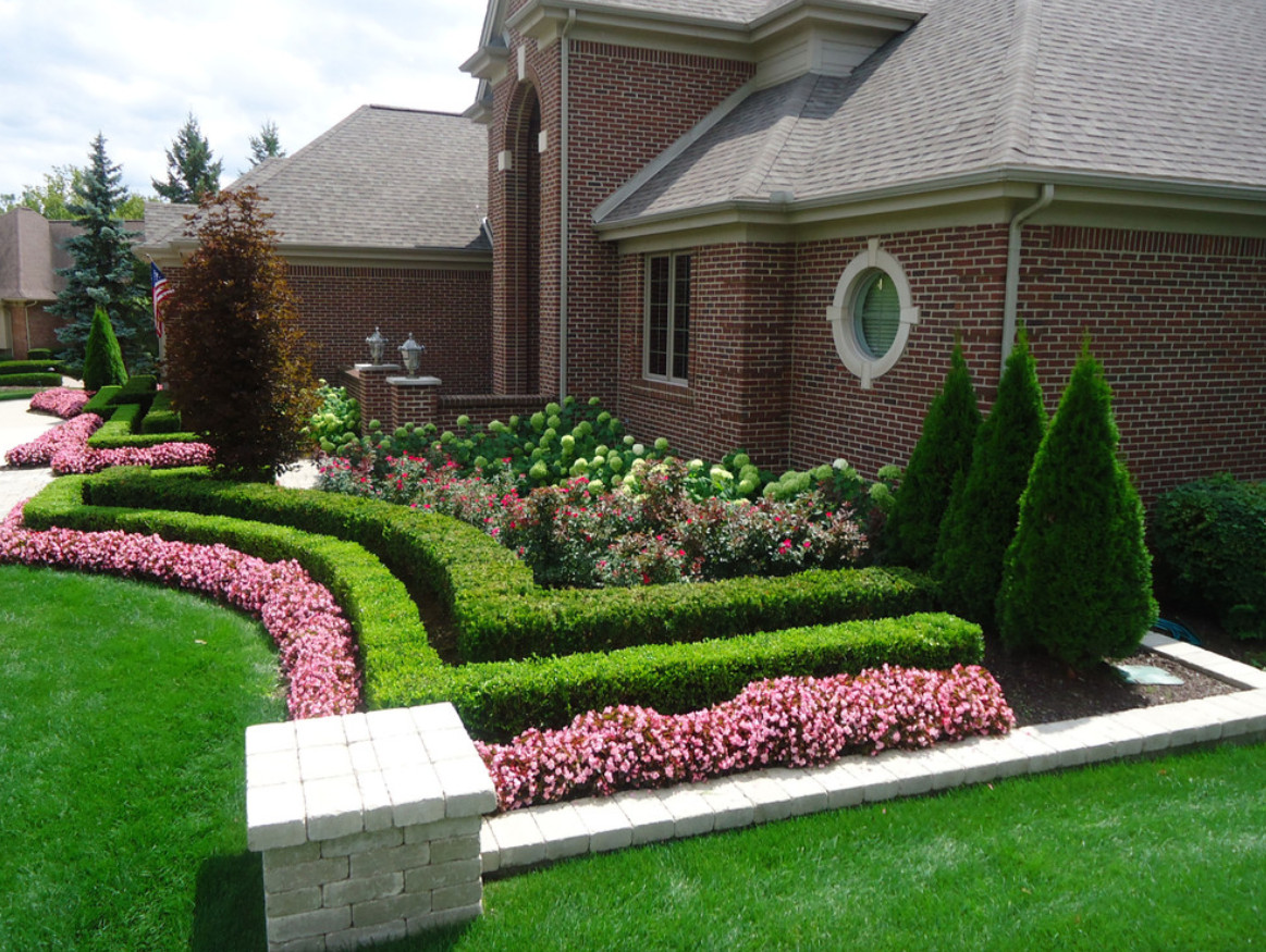 Landscape Ideas For Front Yard  Prepare Your Yard for Spring with These Easy Landscaping