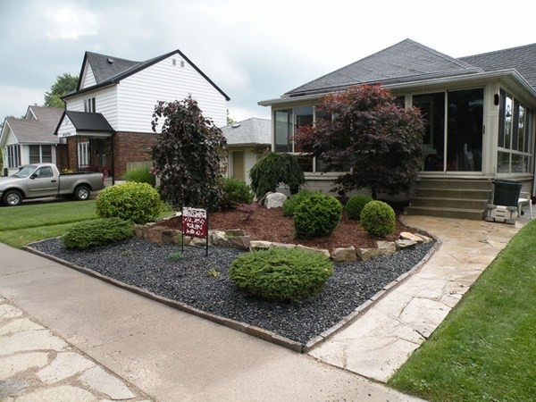 Landscape Ideas For Front Yard  Creative solutions and landscaping ideas for small front yards