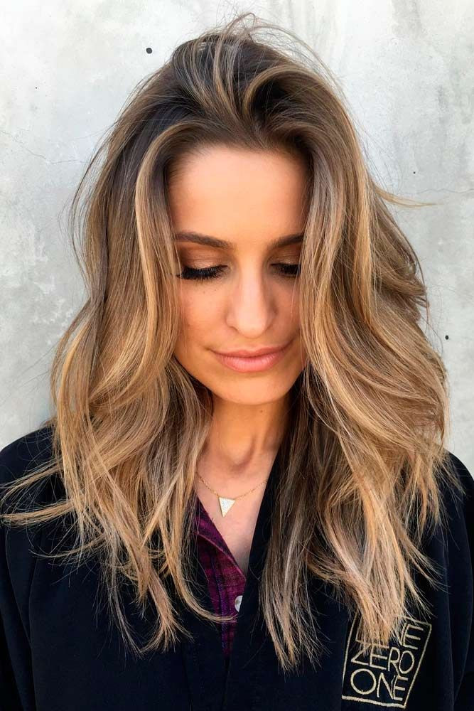 Medium Haircuts Women  30 Amazing Medium Hairstyles For Women 2020 Daily Mid