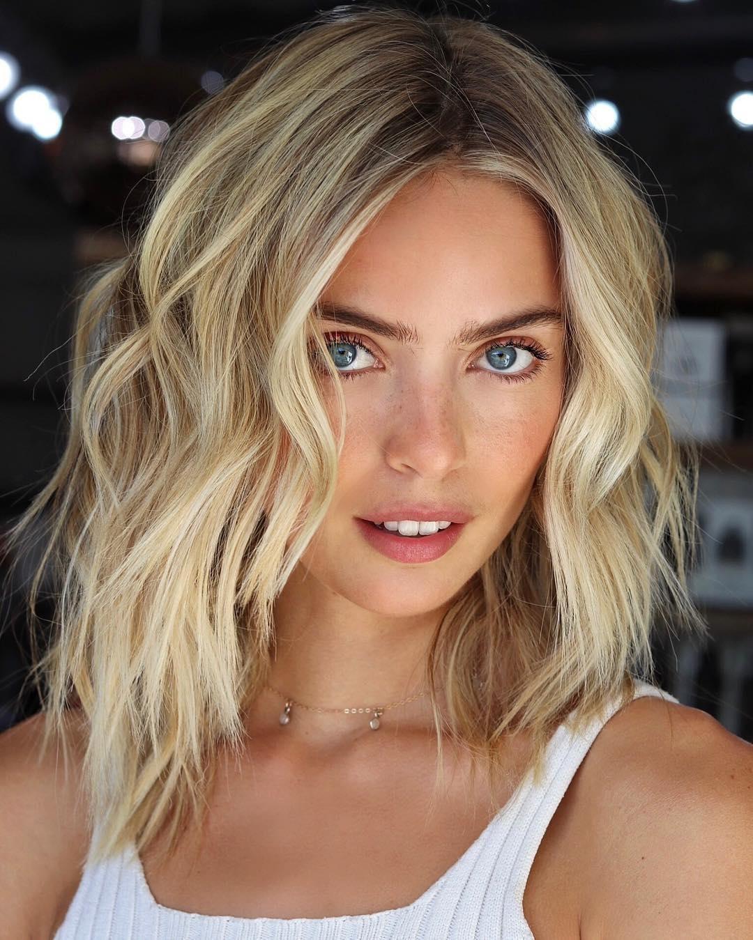 Medium Haircuts Women  Fun and Stylish Medium Haircuts for Women – Mental Itch