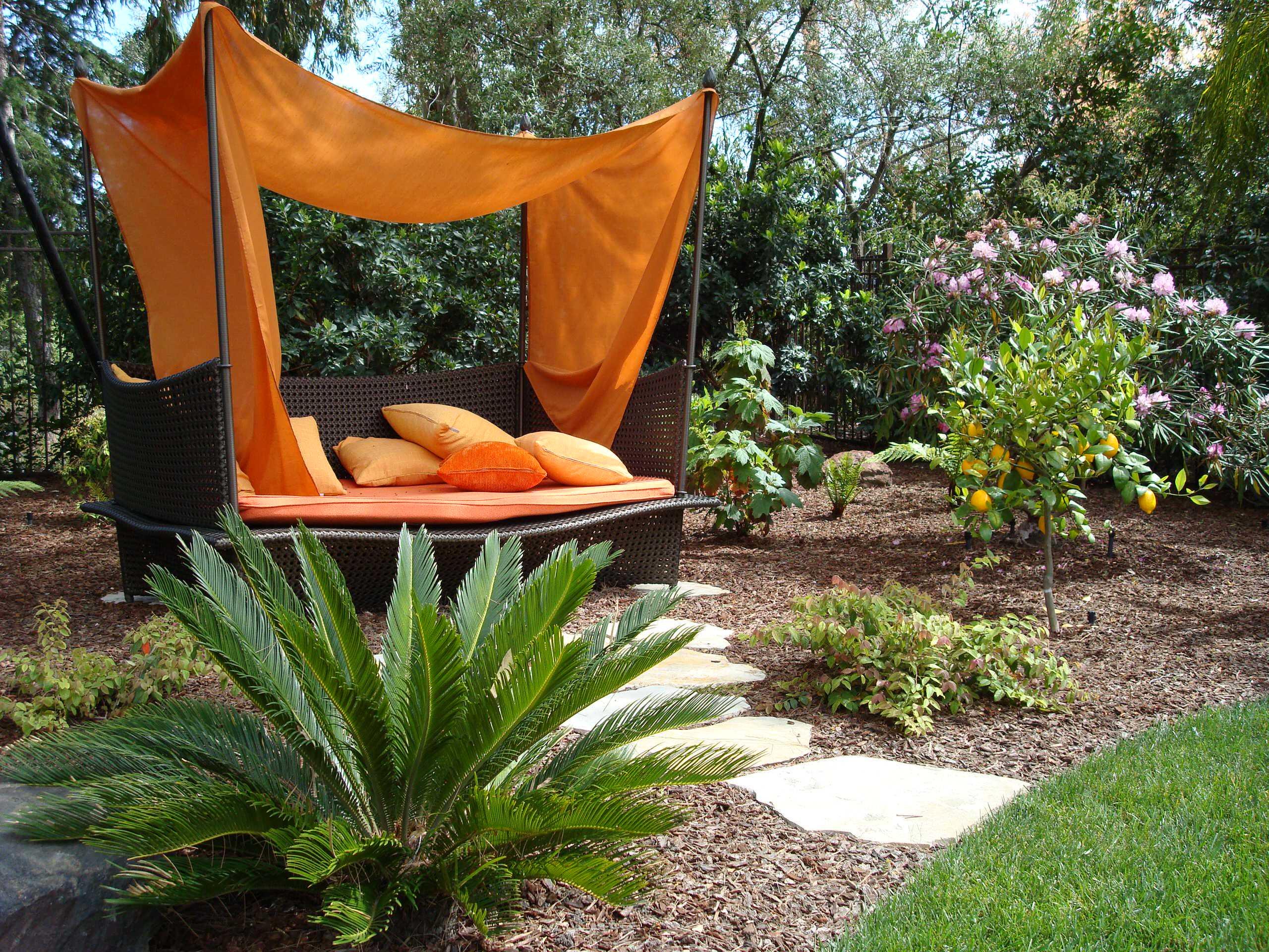 Outdoor Landscape Decor  16 Delightful Modern Landscape Ideas That Will Update Your