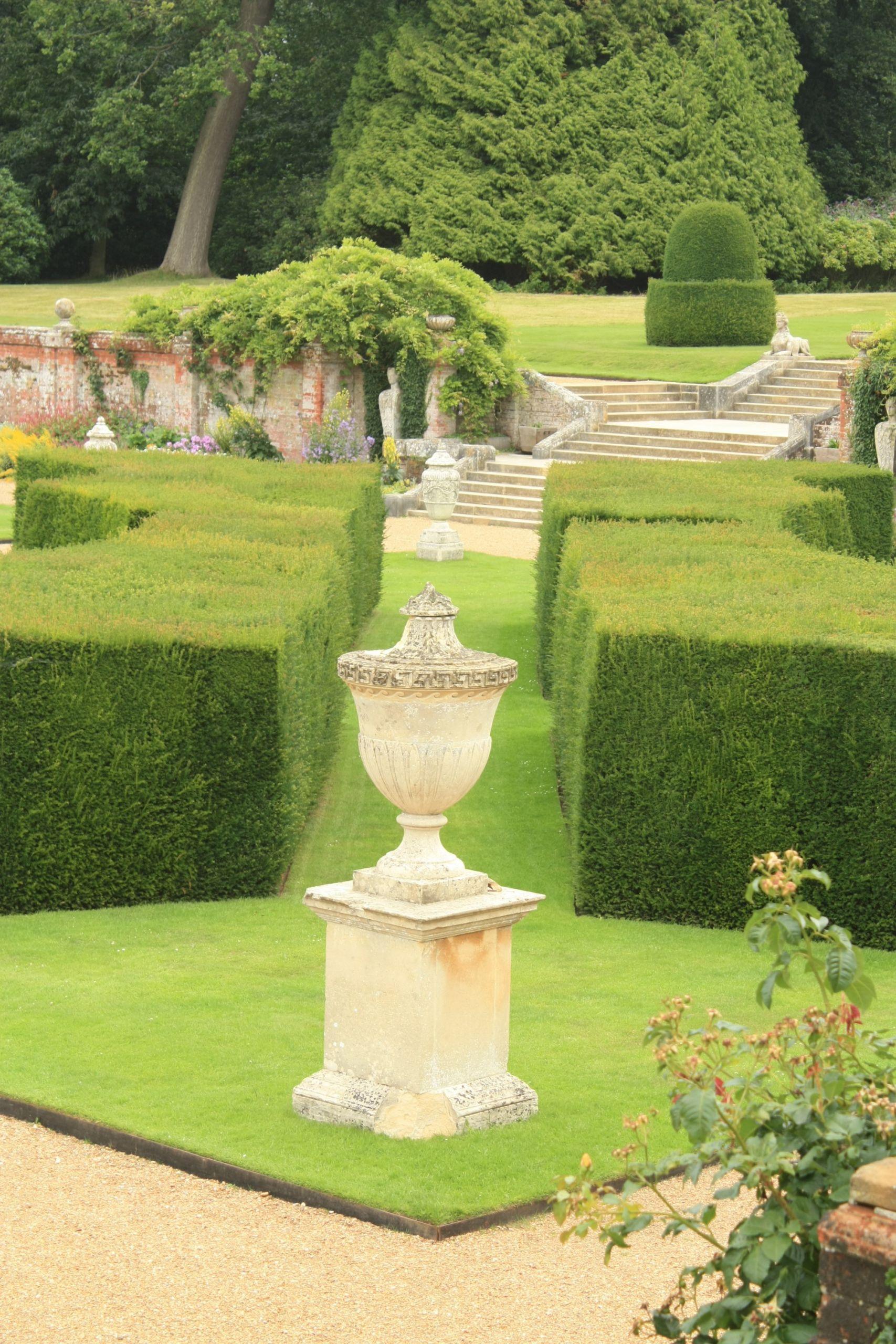 Outdoor Landscape Decor  Garden Design mon Garden StylesSE Landscape