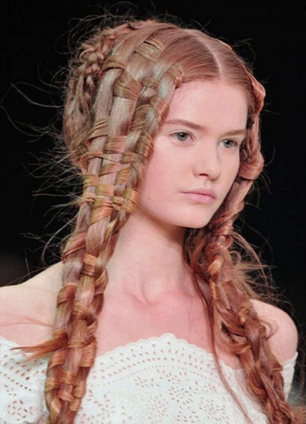 Pageant Hairstyles For Long Hair  Prom hairstyles – 35 methods to plete your look
