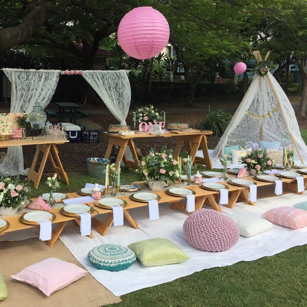 Picnic Birthday Party Ideas  Top 10 Kids Birthday Party Themes Baby Hints and Tips
