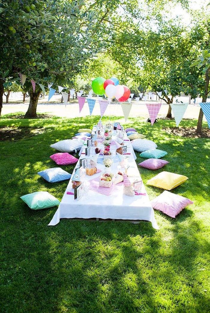 Picnic Birthday Party Ideas  Kara s Party Ideas Sunny Teddy Bear Picnic Birthday Party
