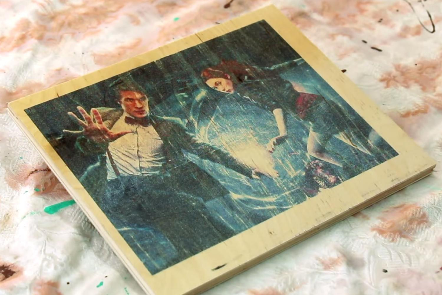 Printing On Wood DIY  DIY video shows you how to print on wood with an inkjet
