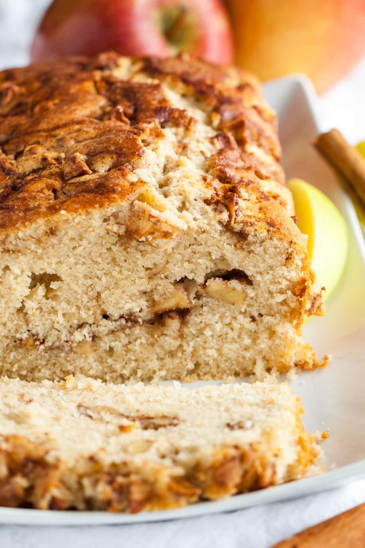 Quick Easy Bread Recipe  Apple Cinnamon Bread Recipe An easy fall quick bread recipe