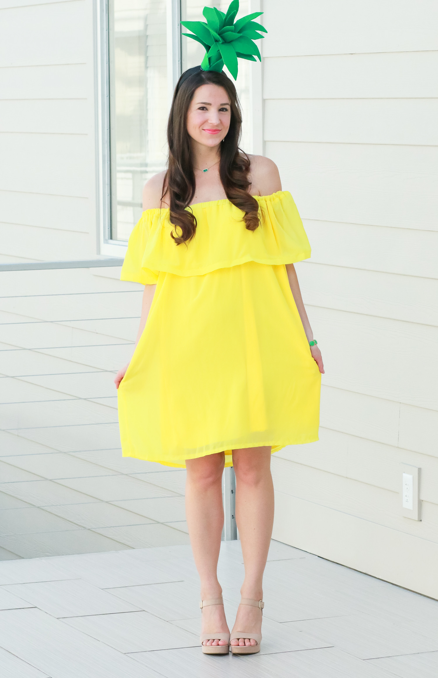 Quick Easy DIY Halloween Costumes Adults  DIY Pineapple Costume That Costs Less Than $3 to Make