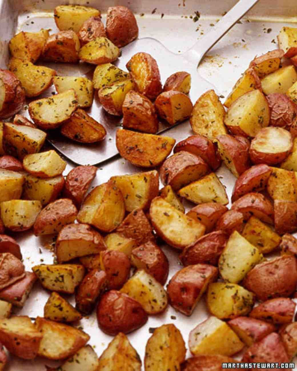 Roasted Baby Red Potatoes  Best 25 Roasted baby red potatoes ideas on Pinterest