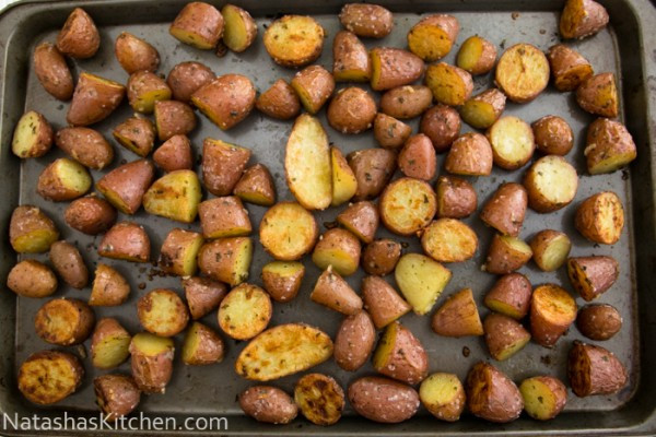 Roasted Baby Red Potatoes  Easy Oven roasted baby red potatoes