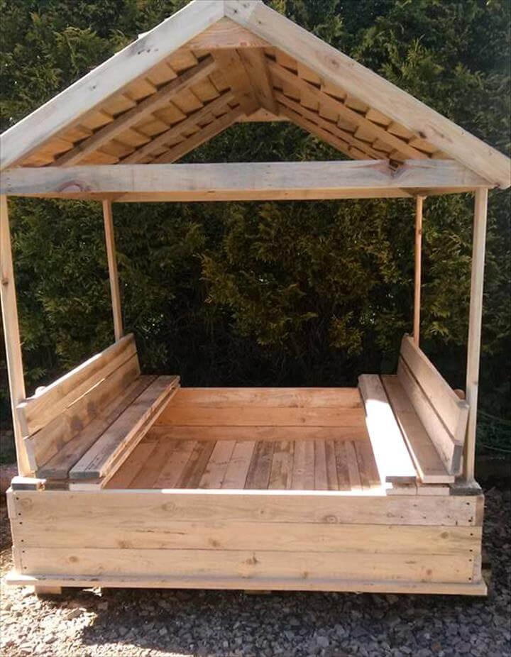 Sandbox Plans DIY  Build a Covered Pallet Sandbox DIY