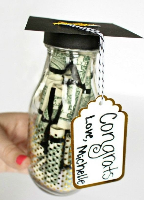 Senior Graduation Gift Ideas  10 Graduation Gift Ideas Your Graduate Will Actually Love