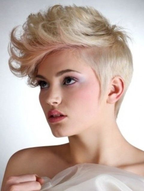 Short Cool Hairstyles  10 Cool Short Hairstyles for Women – CircleTrest