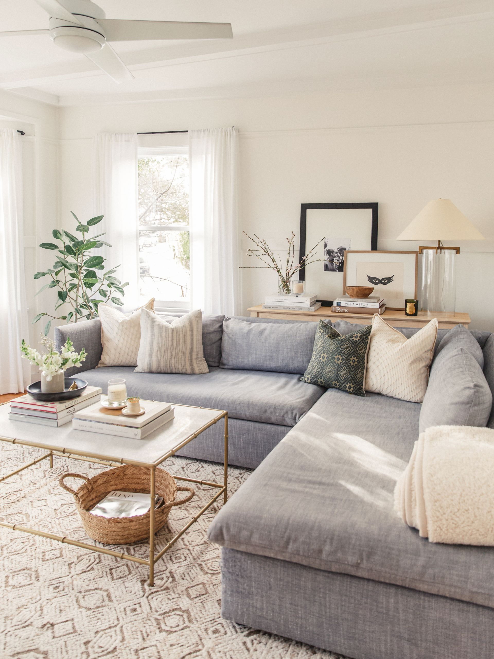 Small Living Room Decor Ideas  Small Living Room Decor Ideas That ll Open up Your Space