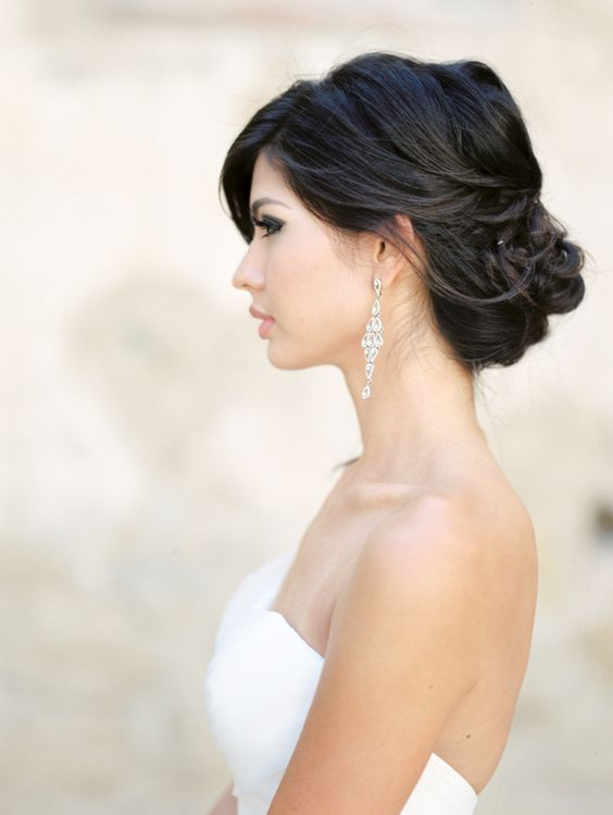Soft Wedding Hairstyles  18 Super Romantic & Relaxed Summer Wedding Hairstyles