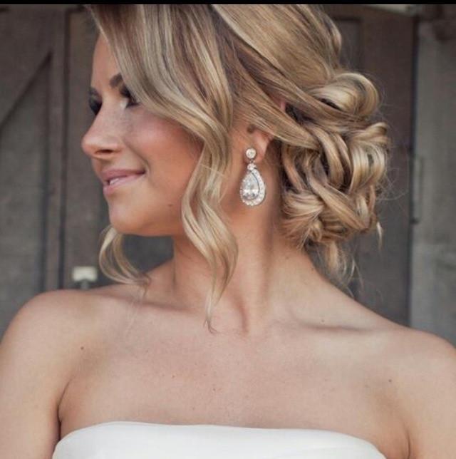 Soft Wedding Hairstyles  Stunning loose soft romantic updo