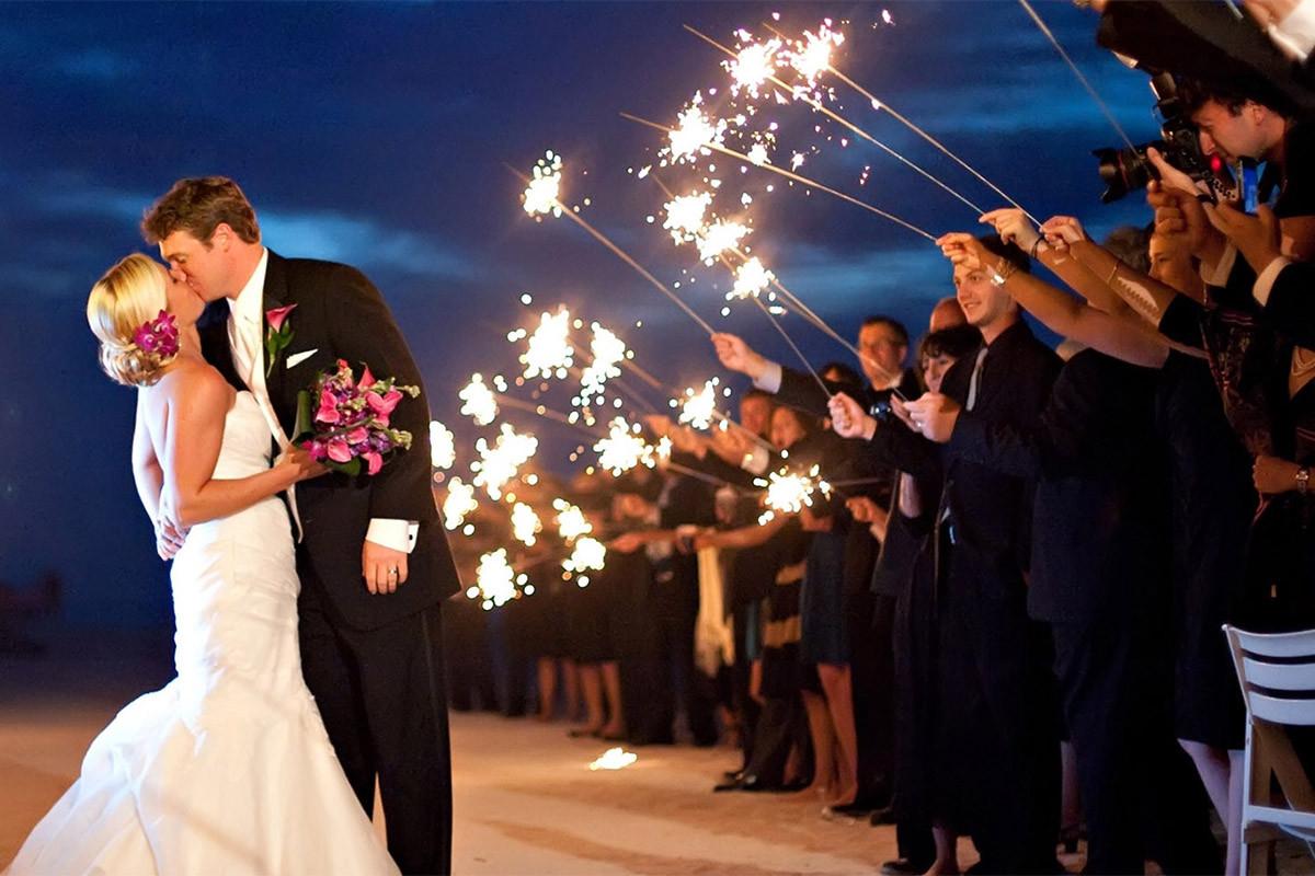Sparkler Wedding Photos  36 Inch Wedding Sparklers
