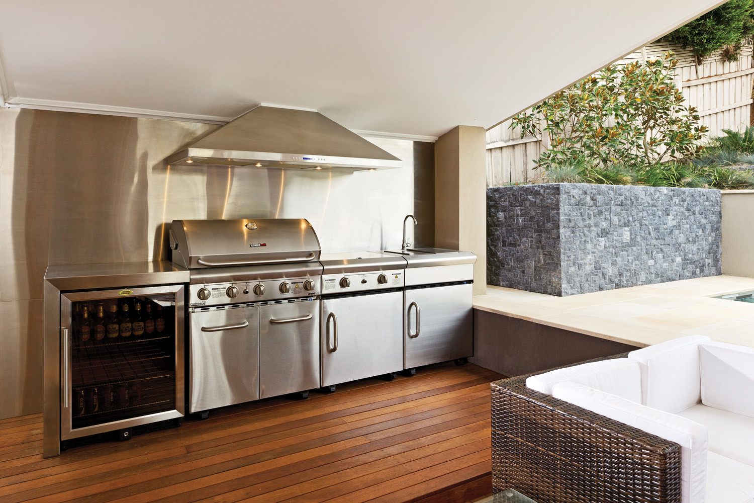 Stainless Outdoor Kitchen  Cooking capers A look at outdoor kitchens pletehome