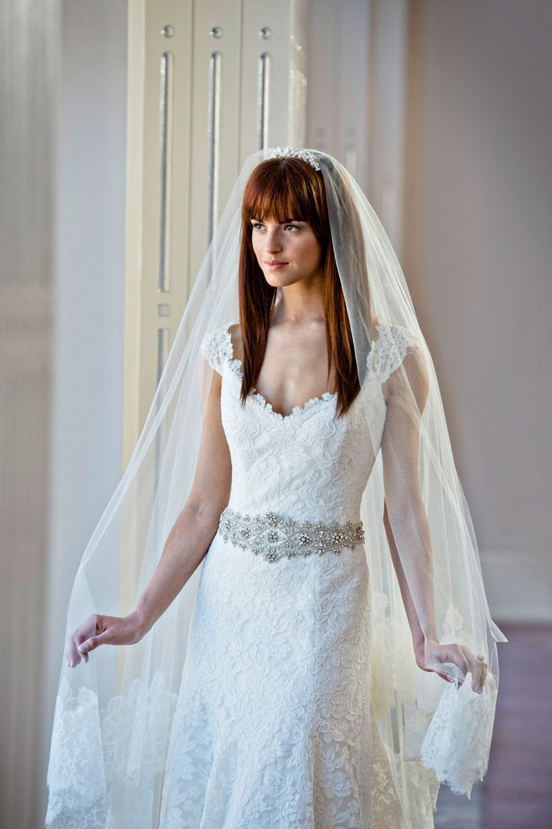 Straight Hairstyles For Weddings  43 New Style Wedding Hairstyles With Bangs And Veil