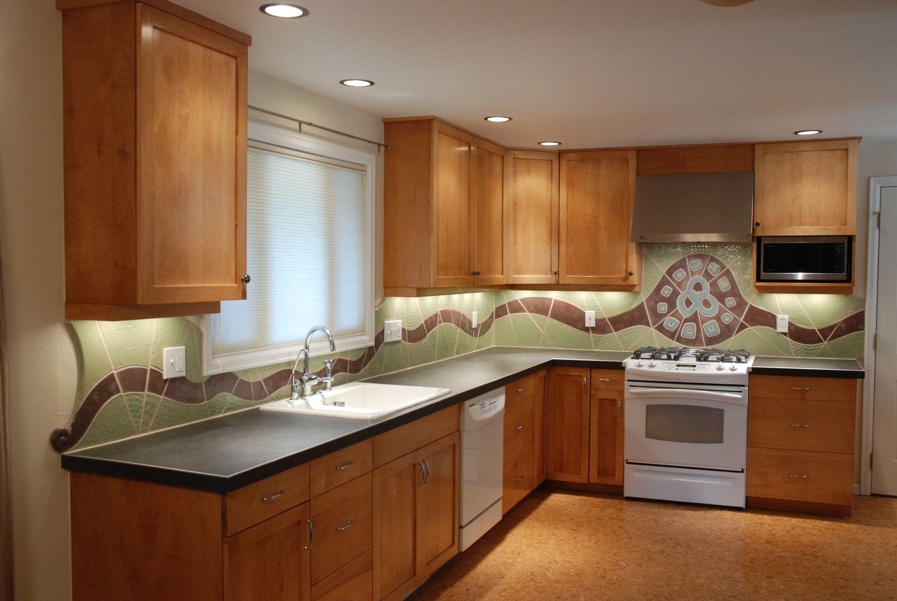 Tile Backsplash Kitchen  Ceramic Tile Backsplash Perfect Backsplash to Beautify