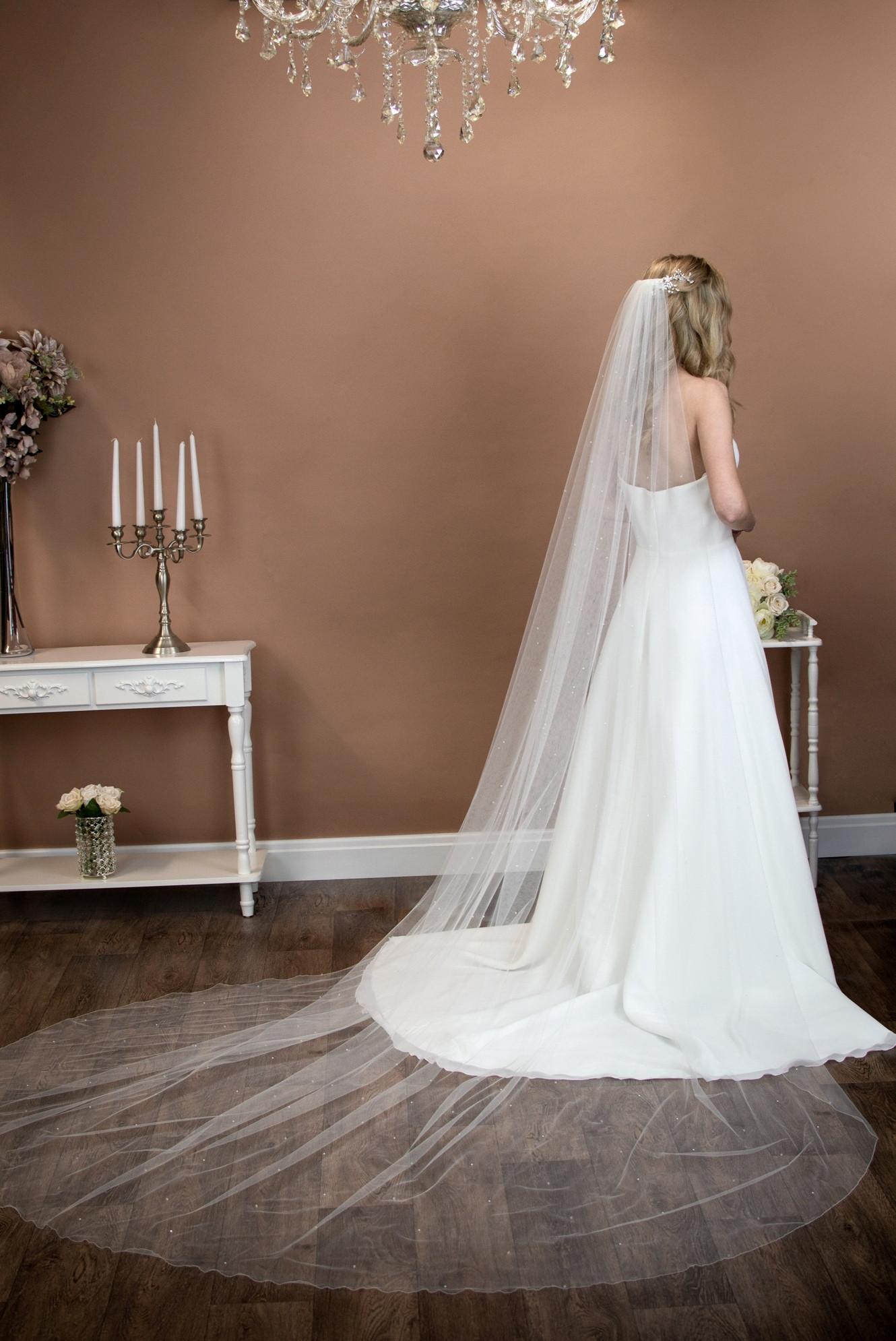 Uk Wedding Veils  The Wedding Veil Shop Wedding Veil Lengths Styles for