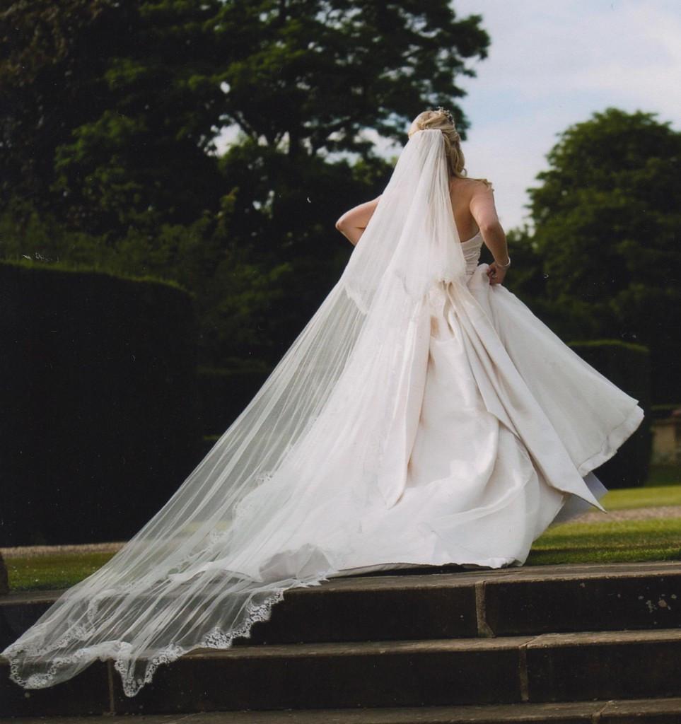 Uk Wedding Veils  Make a breathtaking entrance with an Ann Guise Silk