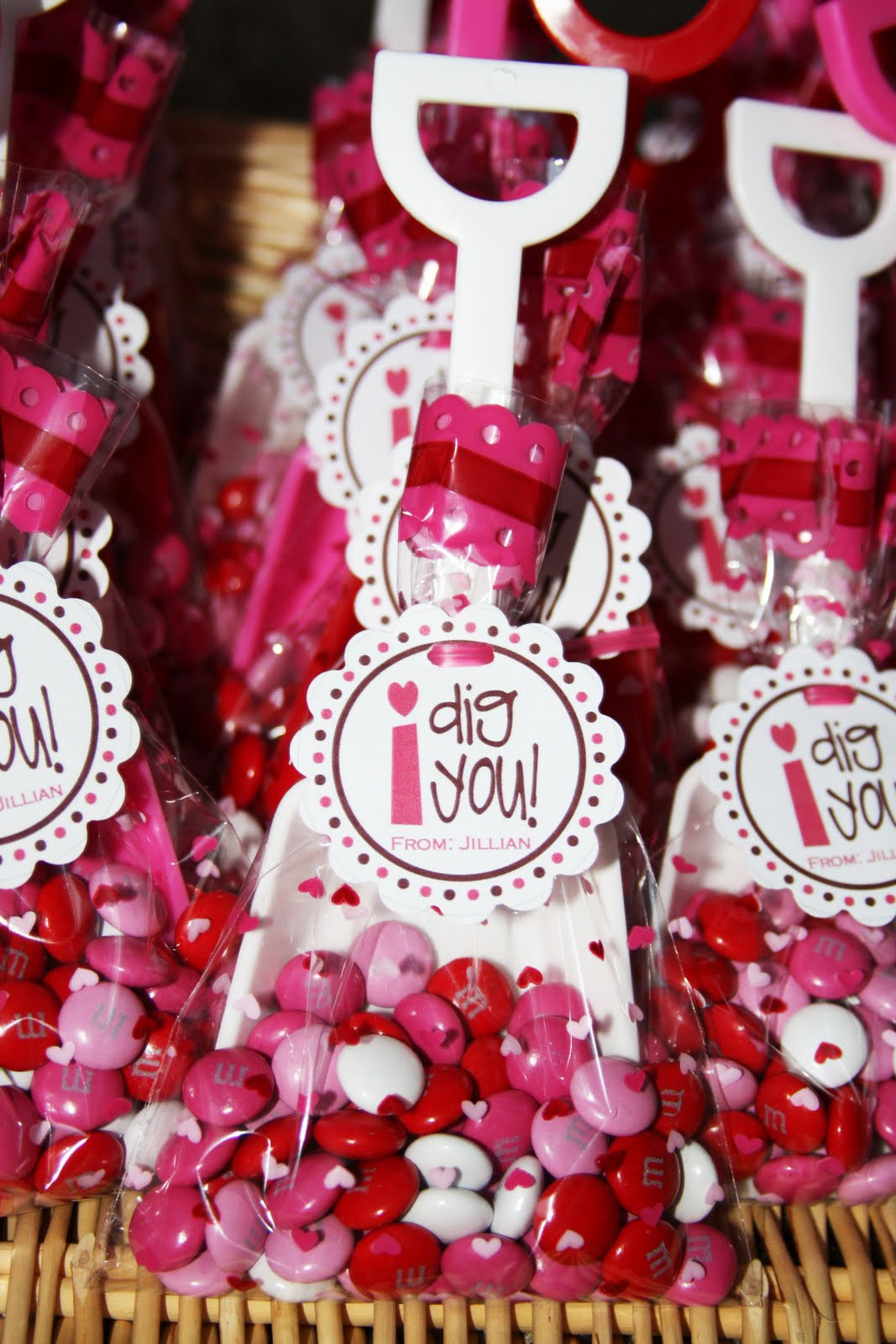 Valentines Gift Ideas For Toddlers  Cute Food For Kids Valentine s Day Treat Bag Ideas