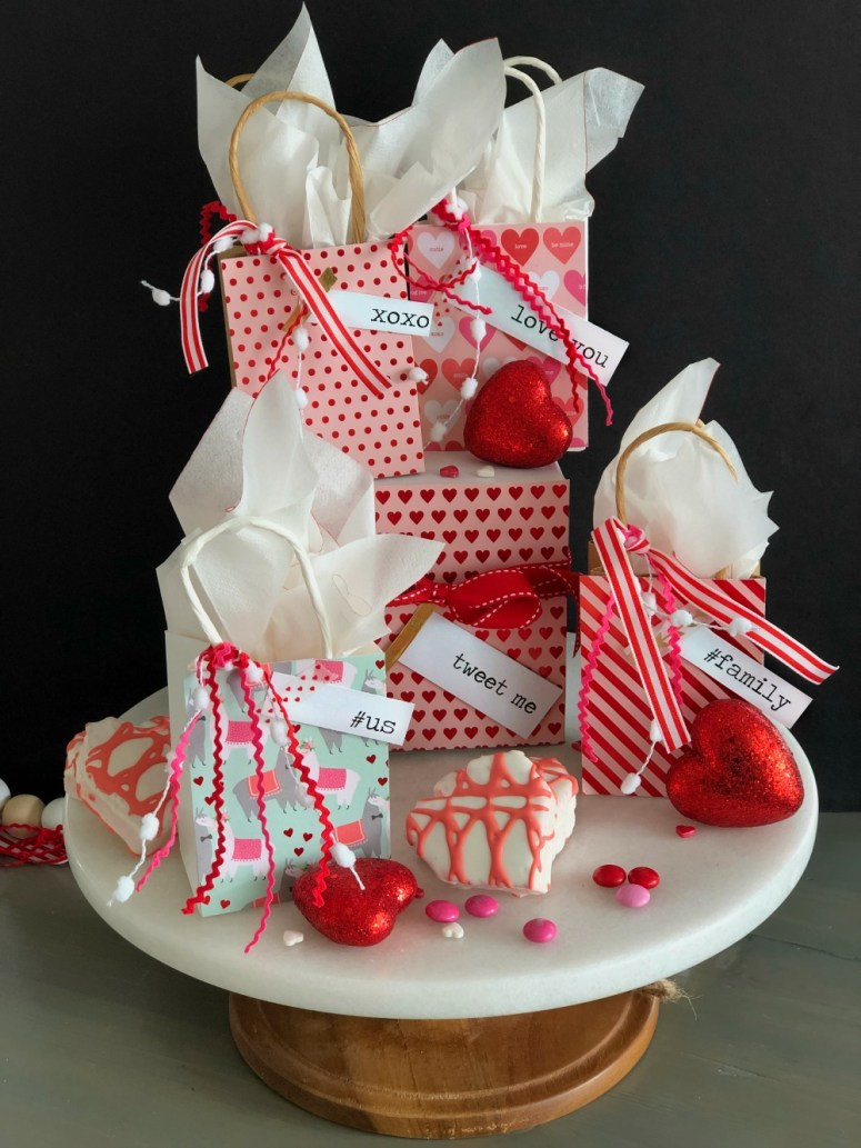 Valentines Gift Ideas For Toddlers  Simple Valentine's Day Gift Ideas with Free Typewriter
