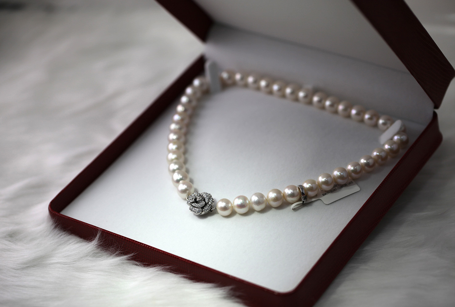 Wedding Anniversary Gift Ideas For Wife  Anniversary Gifts by Year to Celebrate Your Marriage