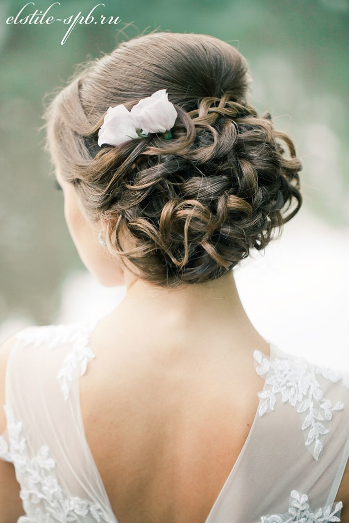 Wedding Bridal Hairstyles  25 Chic Updo Wedding Hairstyles for All Brides