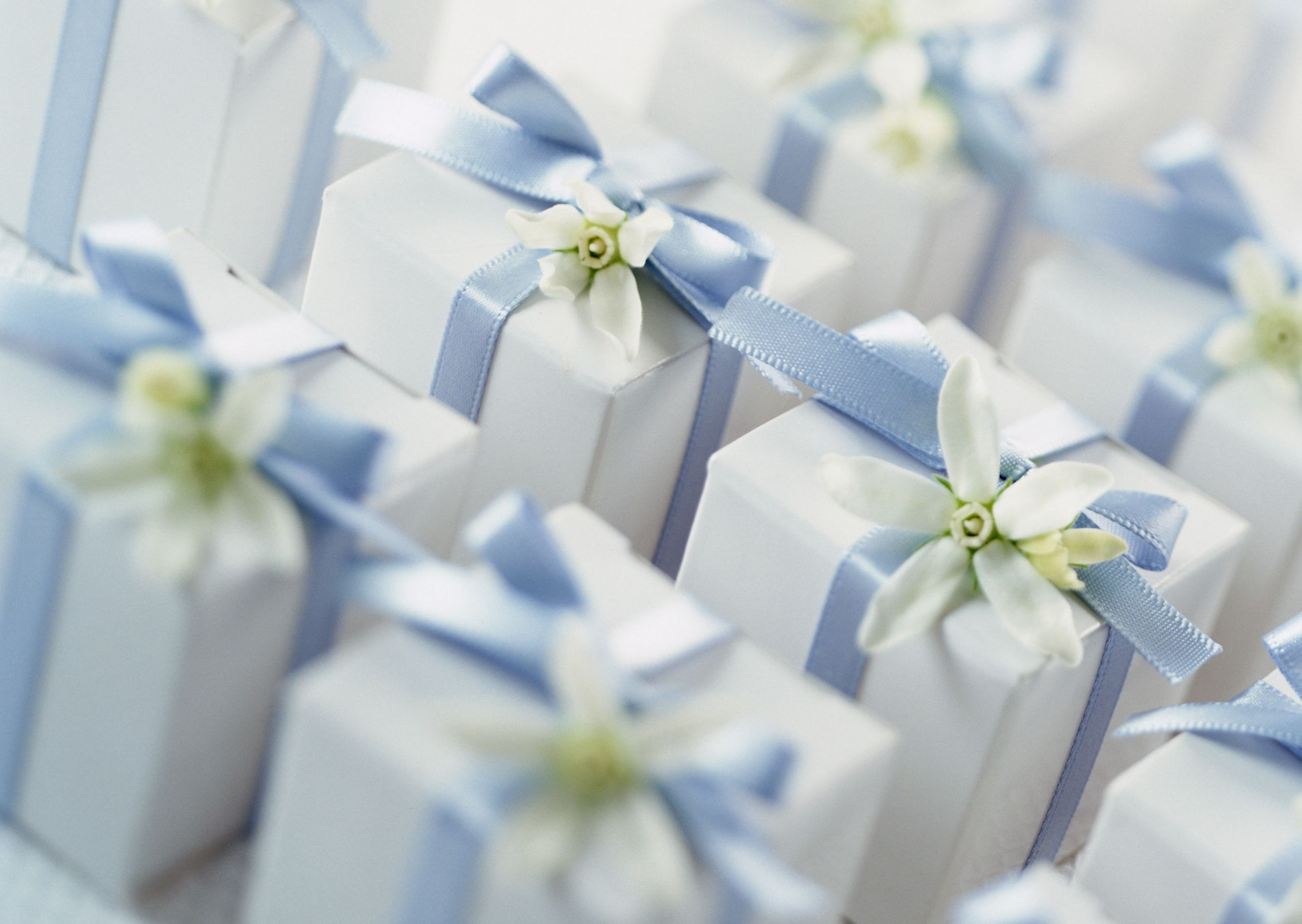 Wedding Gift Ideas For Middle Aged Couple  5 Gifts The Wedding Couple Will Absolutely Love Marriage
