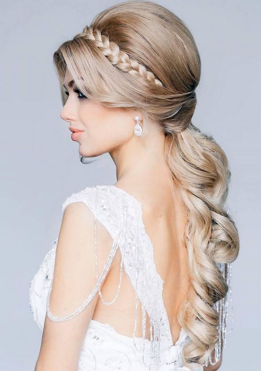 Wedding Hairstyles With Braids For Long Hair  The Best Beach Wedding Day Hairstyles for Women
