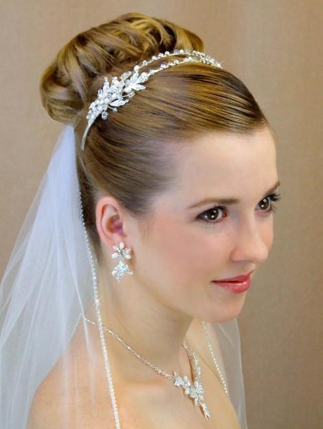 Wedding Veil With Tiara  Beautiful Wedding Veils with Tiaras – Sang Maestro