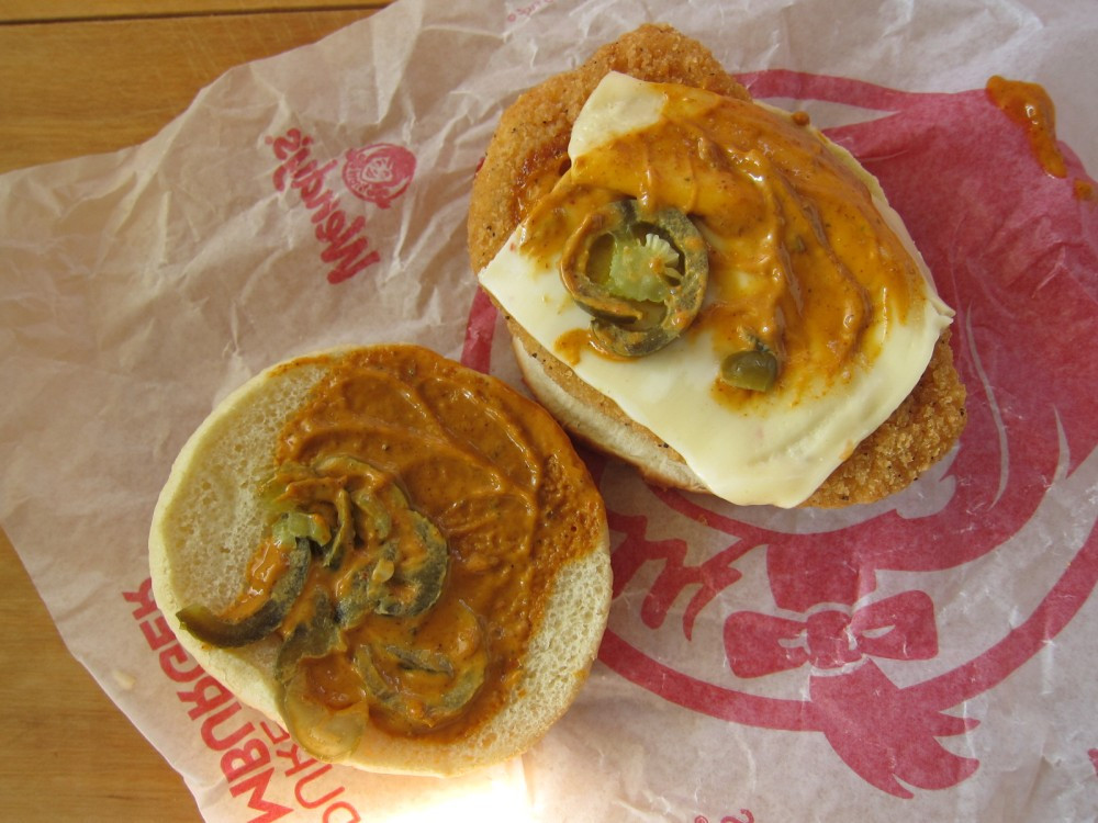 Wendys Chicken Sandwiches  Review Wendy s Spicy Chipotle Cheeseburger and Chicken