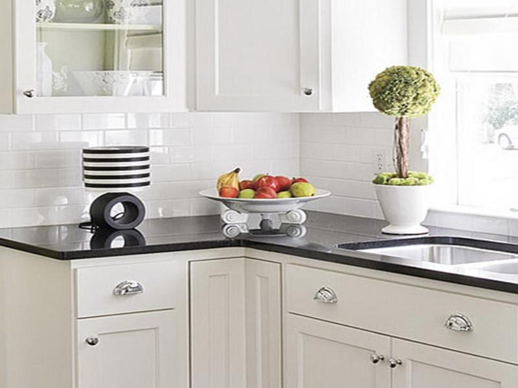 White Tile Kitchen Backsplash  White Kitchen Backsplash Ideas – HomesFeed