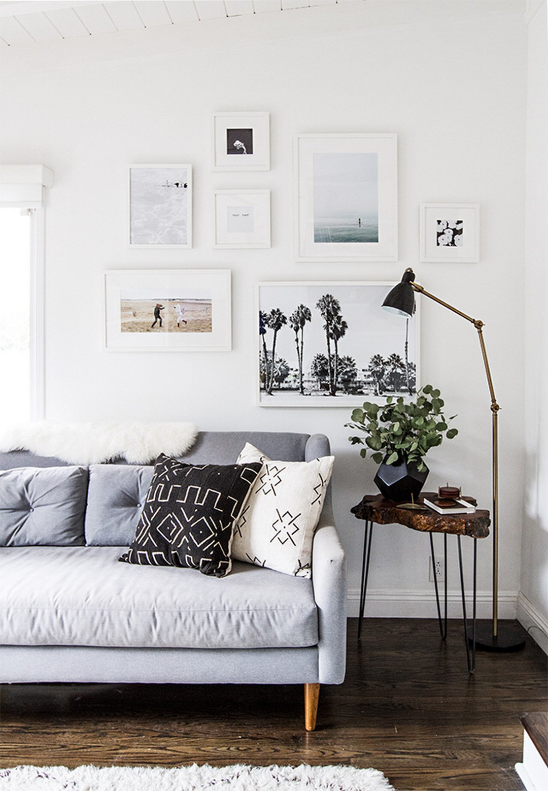 White Walls Living Room  99 Beautiful White and Grey Living Room Interior