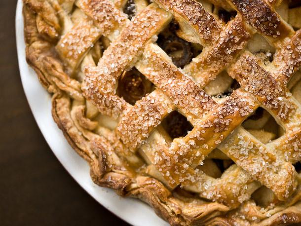 Winter Pie Recipes  Winter Apple and Dried Fruit Pie Recipe