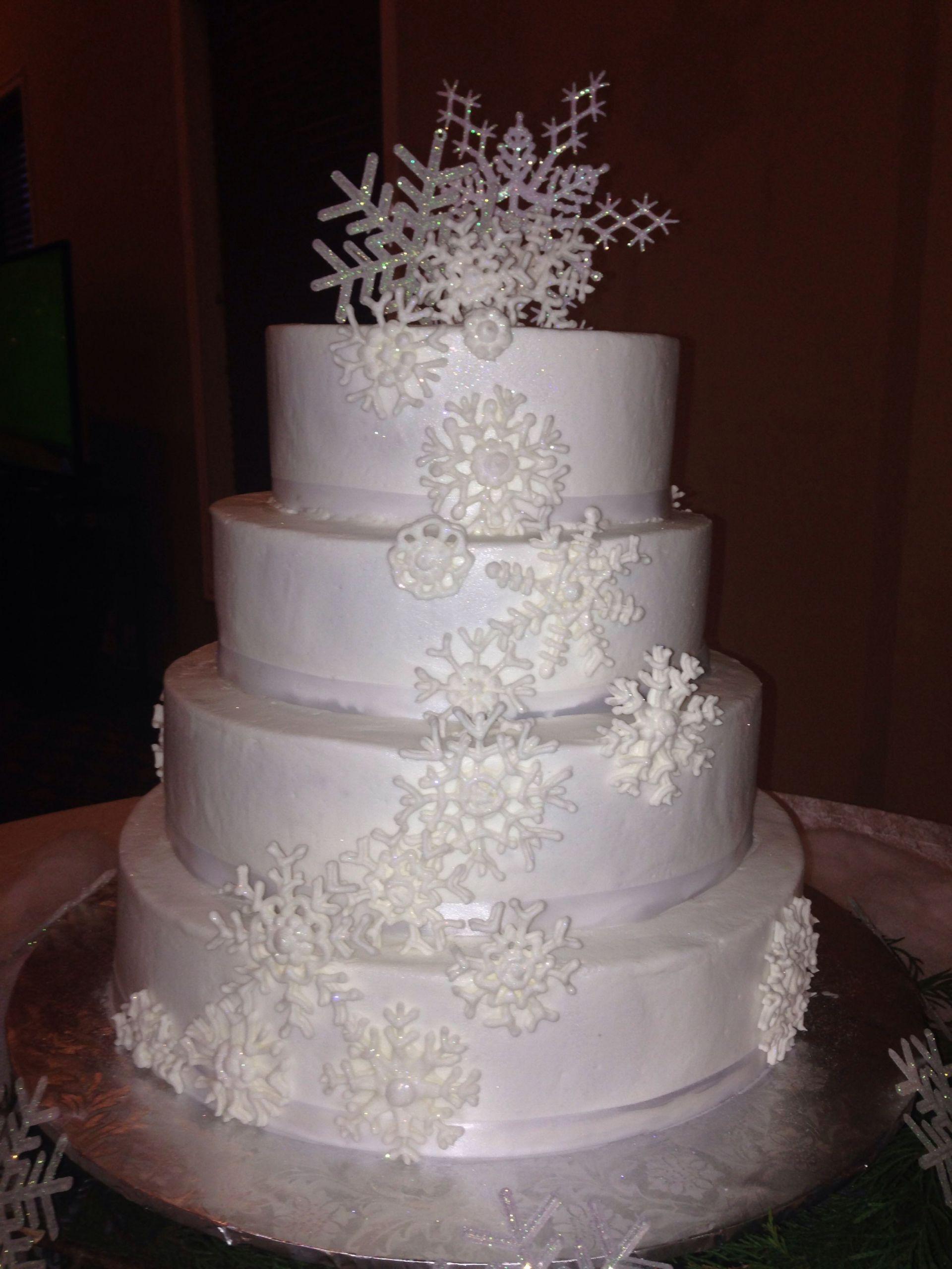 Winter Themed Wedding Cakes  Winter themed wedding cake i made Mallory Gray 50 Cakes