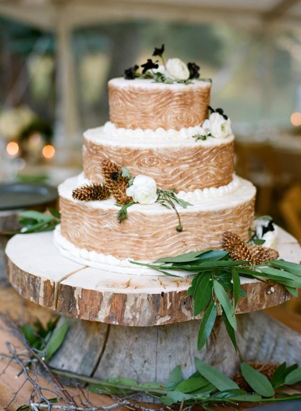 Winter Themed Wedding Cakes  15 Rustic Winter Wedding Cakes