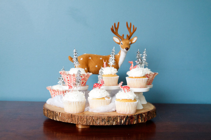 Winter Wonderland Cupcakes  Easy Easy Winter Wonderland Cupcakes Sweet Little Nerds